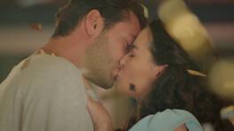 Ateş'ten, Ayşen'e aşk öpücüğü!