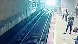 Son dakika... İstanbul'da metroda intihar anı kamerada | Video