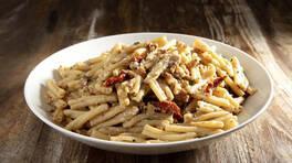 Arda'nın Mutfağı - Cevizli Tulum Peynirli Makarna Tarifi - Cevizli Tulum Peynirli Makarna Nasıl Yapılır?