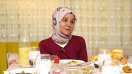 Rabia Hanım evliliğini neden bitirdiğini anlatırken duygusal anlar yaşandı!