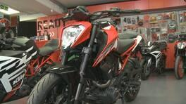 Kalabalıktan kaçanlar motosiklet almayı tercih etti | Video