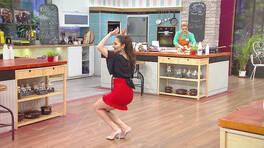 "Ayten'den, ""Gelinim Mutfakta Whatsapp Hattı"" dansı!"