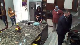 Uzun tırnaklar mutfakta tansiyonu yükseltti!