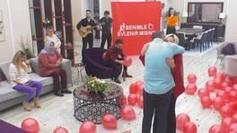 Ali Fuat'tan sürpriz evlilik teklifi!