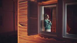 Camdaki Kız 1. Bölüm Fragmanı - 3