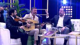 "Ata Demirer'den ""Eski Dostlar"" Performansı"