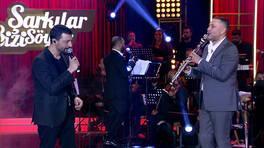 """Mehmet Erdem ve Hüsnü Şenlendirici'den """"Hakim Bey"""" Performansı"""
