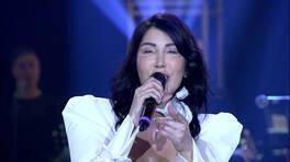 """Hande Yener'den """"Sonbahar Rüzgarları"""" Performansı"""