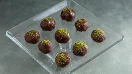 Arda'nın Ramazan Mutfağı - Çikolatalı Un Helvası Topları Tarifi - Çikolatalı Un Helvası Topları Nasıl Yapılır?
