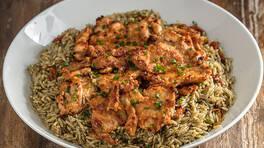 Arda'nın Ramazan Mutfağı - Kuru Domatesli Arpa Şehriye Pilavı ve Tavuk Külbastı Tarifi - Kuru Domatesli Arpa Şehriye Pilavı ve Tavuk Külbastı Nasıl Yapılır?