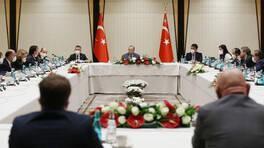 Cumhurbaşkanı Erdoğan'dan akademisyenlerle 'müsilaj' toplantısı