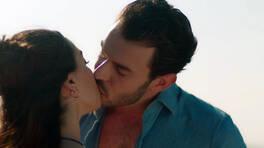 Aşkın ilk öpücüğü geldi!