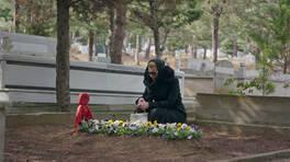 Laçin, İnci'nin mezarında af diliyor!