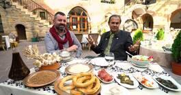 Ayhan Sicimoğlu ile Renkler 8. Bölüm Özeti