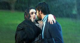 Sırılsıklam aşk!