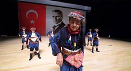 Ayhan Sicimoğlu ile Renkler 6 Ekim Fragmanı