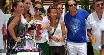Oyuncu sevgililer Bodrum'da evlendi