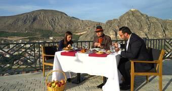 Ayhan Sicimoğlu ile Renkler 31. Bölüm Özeti