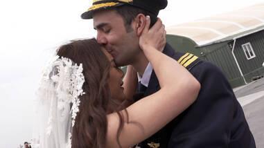 Onur ve Aycan'ın Evlilik Teklifinden En Özel Kareler!