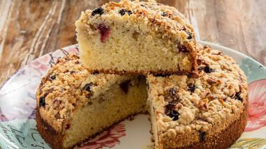 Vişneli Kırıntılı Kek Tarifi - Vişneli Kırıntılı Kek Nasıl Yapılır?
