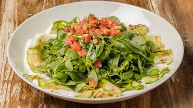 Semizotu Salatası Tarifi - Semizotu Salatası Nasıl Yapılır?