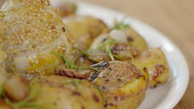 Arpacık Soğanlı Patates - Arpacık Soğanlı Patates Tarifi - Arpacık Soğanlı Patates Nasıl Yapılır?
