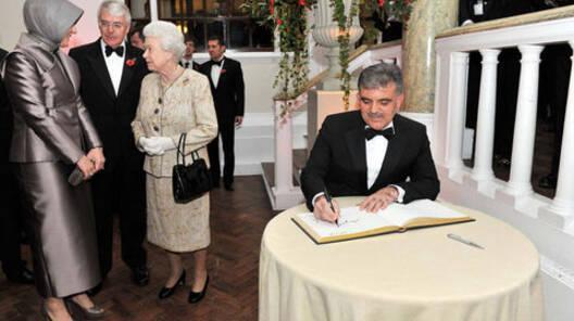 'Yılın Devlet Adamı' Cumhurbaşkanı Gül'ün