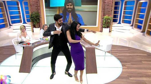 Adnan ve Didem'den muhteşem hint dansı!