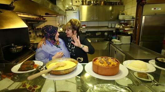 Sahrap'la Lezzetli Sofralar 3 Aralık 2017 Fragmanı