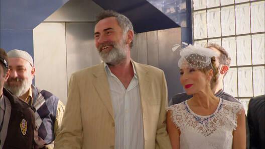 Mahmut ve Fahriye evleniyor!