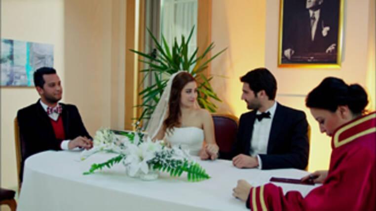 Azra ve Canın nikahında ne oluyor?
