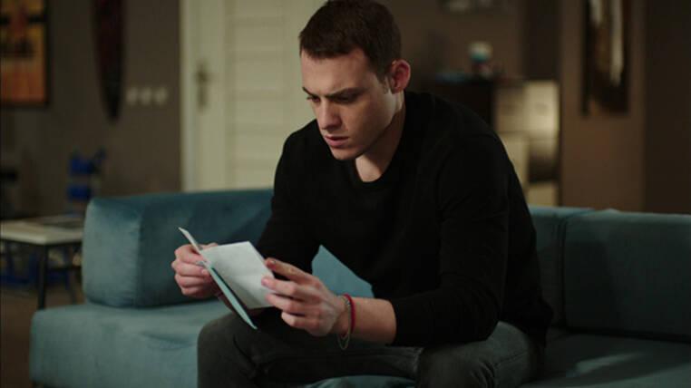 Kerem, mektubu okuyacak mı?