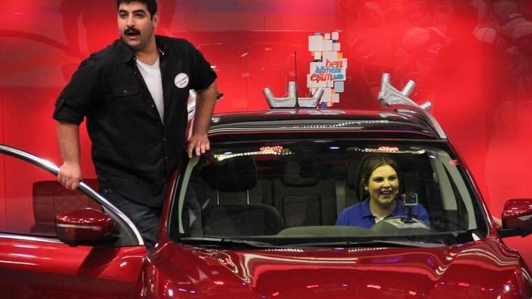 Otomobili Pelin Öztekin-Kıvanç Baran Arslan çifti kazandı!