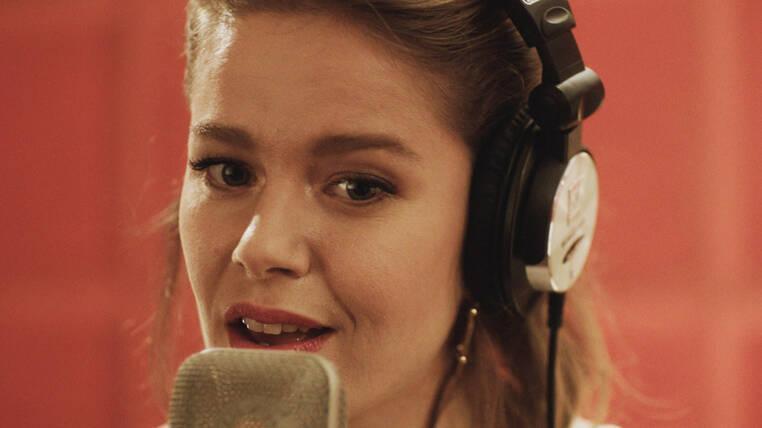 Burcu Biricik - Hayat Şarkısı Jenerik Müziği