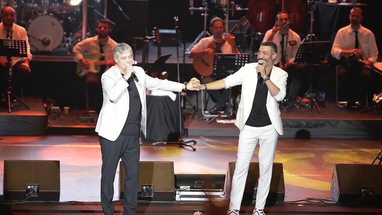 Cengiz Kurtoğlu ve Hakan Altun'un Harbiye konserinden özel anlar!